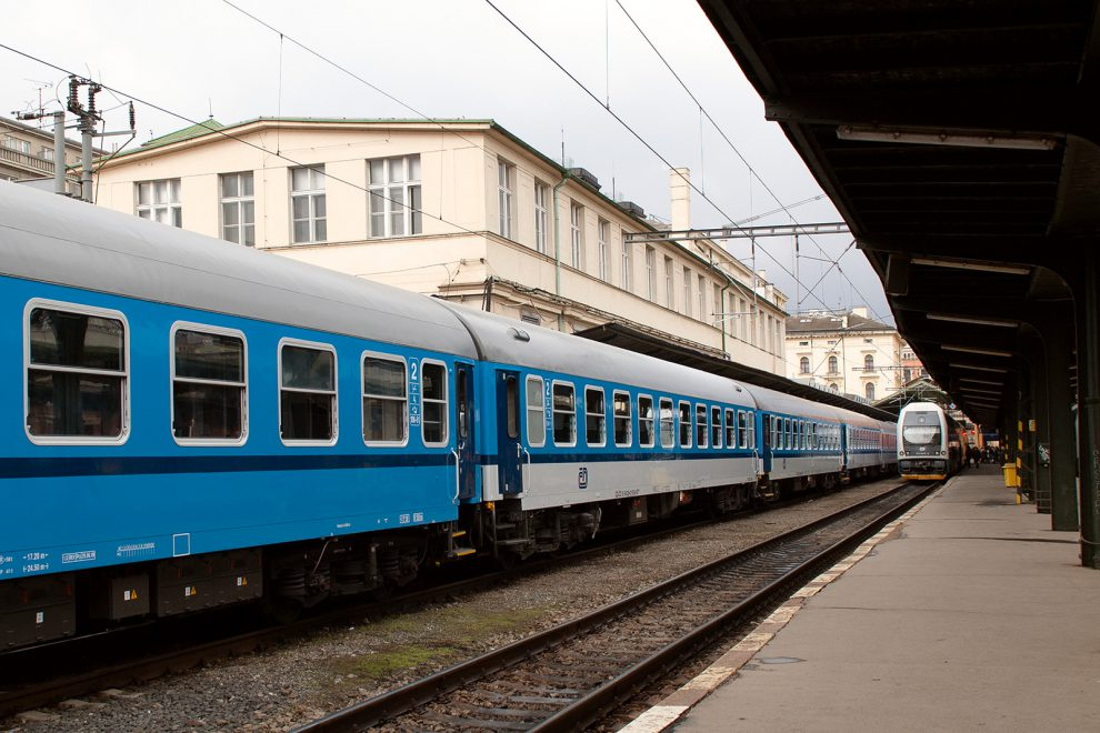 B passenger cars from Czech Railways, Praha-Masarykovo station, source: CEE Transport/Josef Petrák